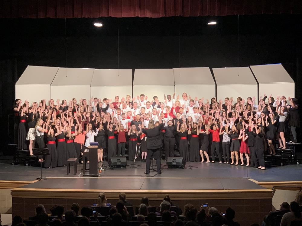 Grant Community High School's Choir group photo